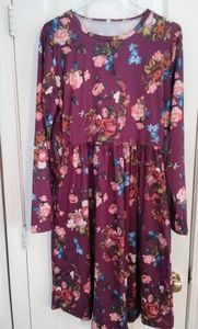Dresses & Skirts - NWOT Floral Dress Size XL